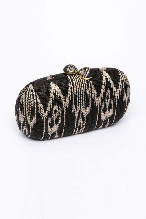 Larone by Bengartisans Tboli Oval Clutch